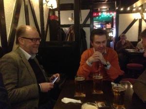 Lunch på Tudor Arms, jag själv och Ulf.Foto: Kenneth