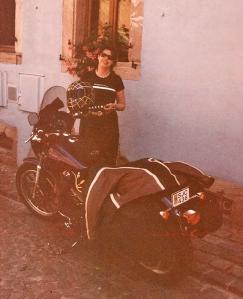 Berit och hennes Harley-Davidson Dyna T-Sport någonstans i Alsace