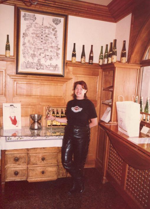 Berit på vinhuset Hügel.